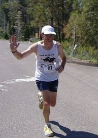 Len running around Lake Tahoe, wearing the LMJS team singlet.